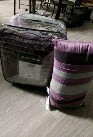Duvet bedroom set for Sale in Phoenix, AZ