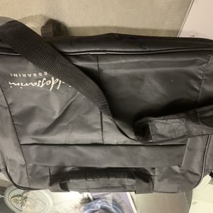 Laptop Bag - Sleak for Sale in Chicago, IL