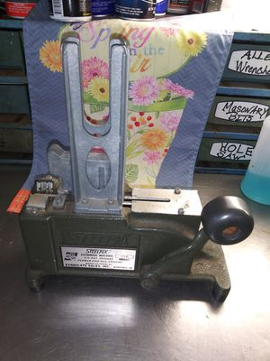 Steelpix floral pick machine for Sale in Hudson, FL
