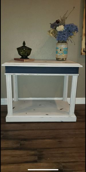 Beautiful Table for Sale in Gig Harbor, WA