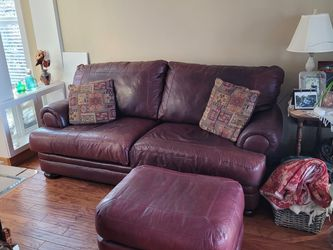 Full grain Leather Sofa, Love Seat And Ottoman for Sale in Orem,  UT