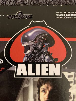 Alien Dallas figure by ReAction toys for Sale in El Paso, TX