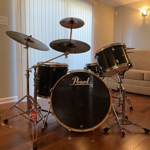 Pearl Export 4 Pc. Drum Set w/ Cymbals And Hardware Included for Sale in Schaumburg, IL