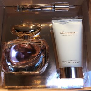 Vince Camuto illuminare Perfume (new for Sale in Riverside, CA