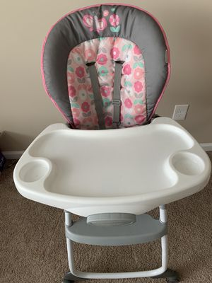 High Chair 3 in 1 for Sale in New Albany, OH