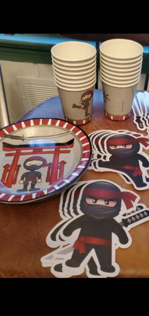 Ninja party theme 19 card stock paper ninja figures, 7 small unused plates, 16 small unused paper cups for Sale in Falls Church, VA