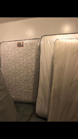 Mattress for Sale in Bloomingdale, IL