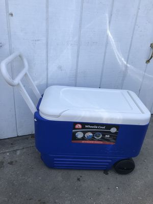 Ice Cooler for Sale in Torrance, CA