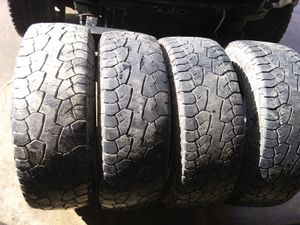 Kelly's 265/70 or 75s/17s for Sale in Glenville, WV