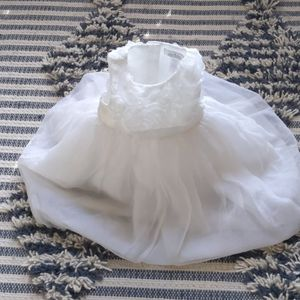 2T Janie and Jack Special Occasions White+cream silk organza tulle flower girl dress for Sale in Plano, TX
