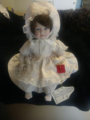 """Vintage Seymour Mann's """"Baby"""" Musical Doll for Sale in Gresham, OR"""