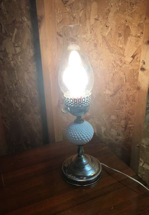 Antique lamp 😻 for Sale in Detroit, MI