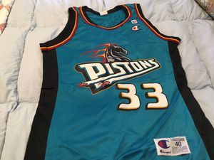 Pistons jersey. Used in good condition. for Sale in Montrose, CO