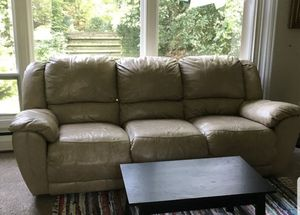 Reclining Couch and Love Seat for Sale in Herrin, IL