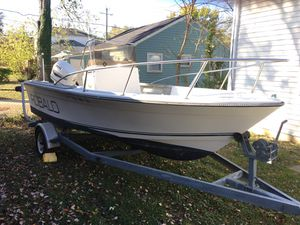 1985 Robalo 18 foot center consul what a 150 Johnson 2002 engine the boat runs and drives excellent just need some TLC for Sale in Rockville, MD