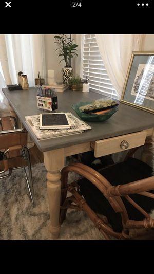 Dining table for Sale in Atlanta, GA