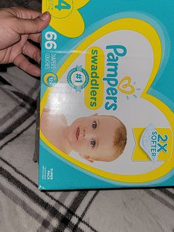 Pampers Swaddlers Size 4 Opened But 1 Didn't Fit My Son Anymore for Sale in La Mesa,  CA