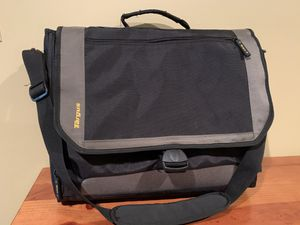 Laptop Carrying Case by Targus for Sale in Lenexa, KS