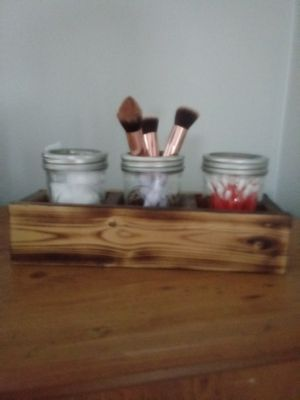 Wood Holder in Bath or Kitchen for Sale in Roselle, IL