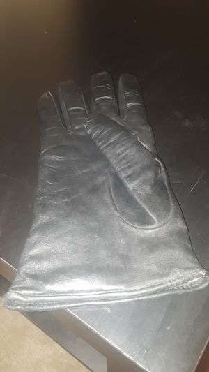 Gloves for Sale in Knoxville, TN