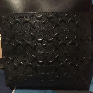 Black Coach Messenger Bag for Sale in Los Angeles, CA