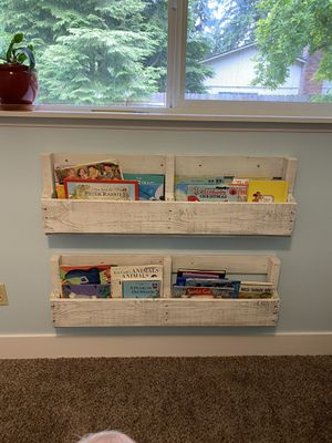 Pallet bookshelves for Sale in Vancouver, WA