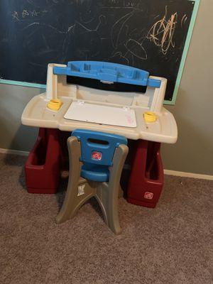 Kids Desk for Sale in Menifee, CA