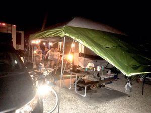 2005 Fleetwood pop up camper for Sale in Hialeah, FL