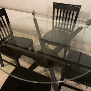Dining Table And Chairs for Sale in Elgin, IL