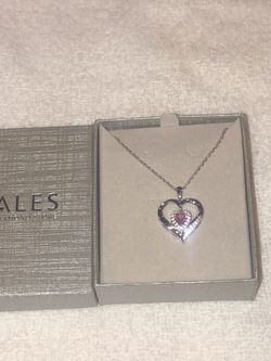 Zales Heart Necklace for Sale in Perris,  CA