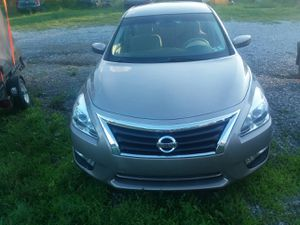 2013 Nissan Altima 34,000 miles for Sale in Annville, PA