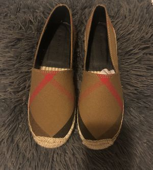Burberry Style Shoes for Sale in Bell, CA