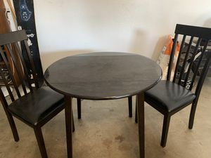 Small kitchen table for Sale in Riverbank, CA