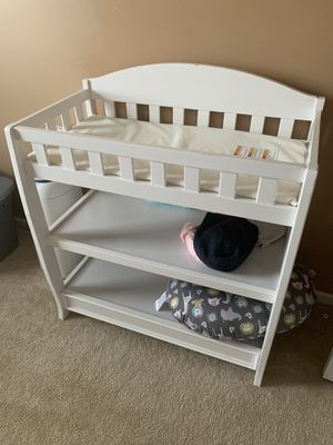 Graco changing table for Sale in Winterville, NC