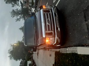 Ford e350 super duty xlt 2012 for Sale in Queens, NY