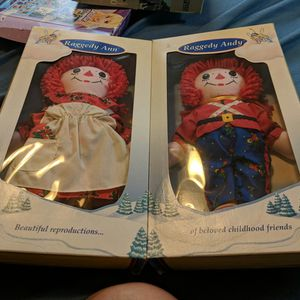 Raggedy Ann and Andy Doll set new in box make offer 1997 for Sale in Seven Hills, OH