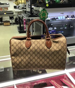 Large Gucci bag for Sale in Streamwood, IL