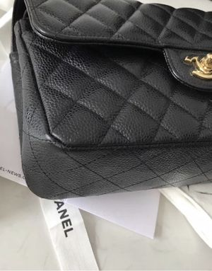 Used CHANEL 2018 BLACK CAVIAR SMALL DOUBLE FLAP BAG GHW RARE for Sale in Sacramento, CA