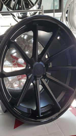 "20"" Ferrada fr4 20x11.5 for 5x115 and 20x10 for Sale in San Jose, CA"