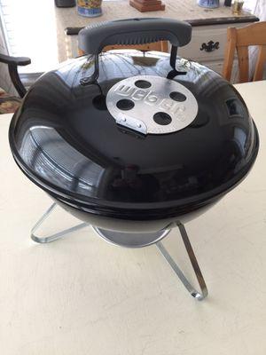 Smokey Joe 14-Inch Portable Grill Weber Model 10020 for Sale in Aldie, VA