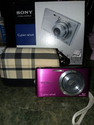 Sony Cyber-shot digital camera for Sale in Painesville, OH