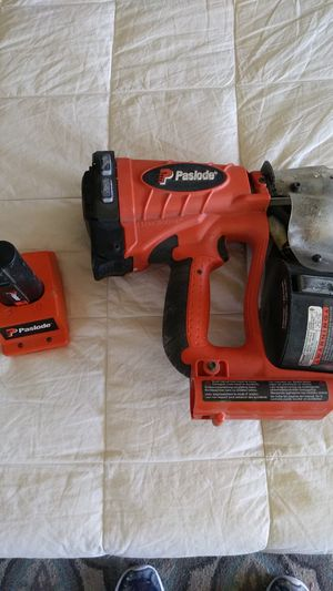 Roofers Nail gun PASLODE for Sale in Santa Ana, CA