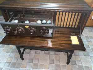 {{ANTIQUE}} Beautiful Atwater Kent Model 20 Pooley Cabinet Radio-1925 for Sale in Columbus, OH