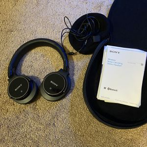 Sony Bluetooth And Noise canceling Stereo Headset for Sale in Fairfield, CA