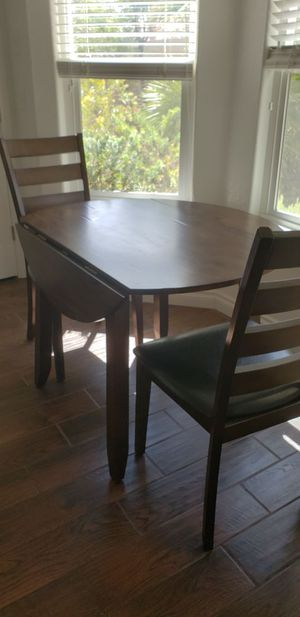 Breakfast nook table for Sale in Henderson, NV