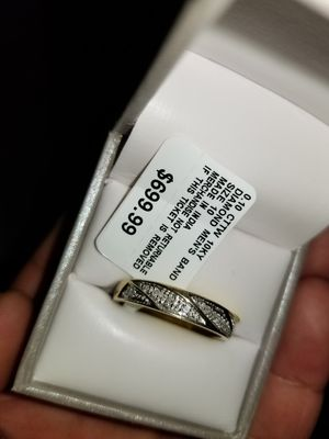 Mens Solid 10k Gold ring really nice smaller wedding band style serious buyers only please and thanks for Sale in Everett, WA