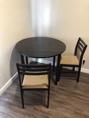 Kitchen Table and Chairs for Sale in Tustin, CA