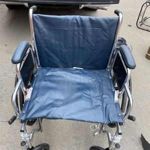 Wheelchair for Sale in Dallas, TX