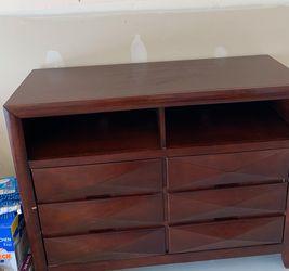 Dresser for Sale in Marysville,  WA
