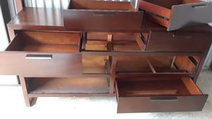 Nice brown queen bunk bed for Sale in Tampa, FL